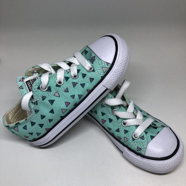5416c6e7adc3 Get 5% off 1 or more eligible listings! 2806870. 8 Toddler. Converse