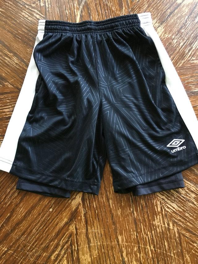 boys umbro shorts