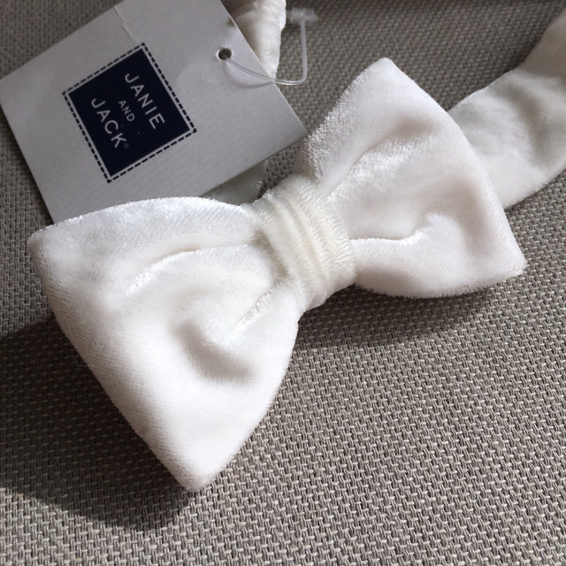 03bbfc74edde Message Seller; Add to collection Checked collection Add to Collection. White  Velvet Bow ...