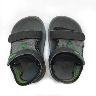21ba01326594  Teva  toddler size 4 sandal green