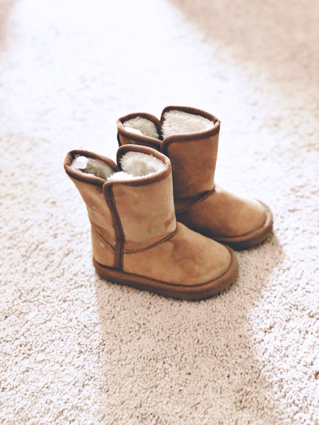 Old Navy Uggs Boots