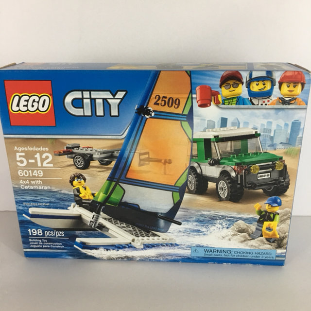 NEW IN BOX LEGO CITY 60149 4x4 WITH CATAMARAN 198 PIECES