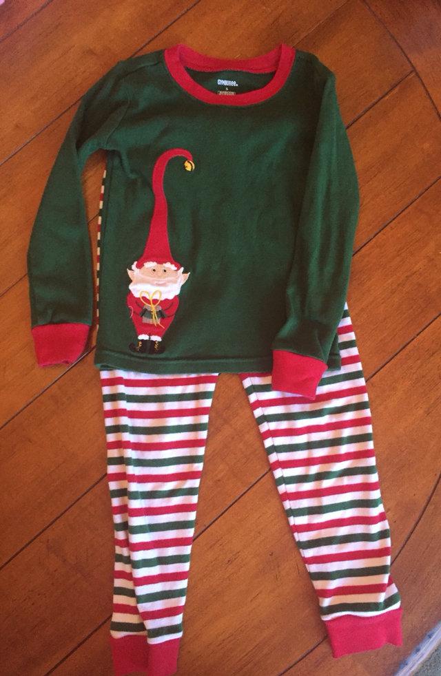 gymboree christmas pajamas sz 5