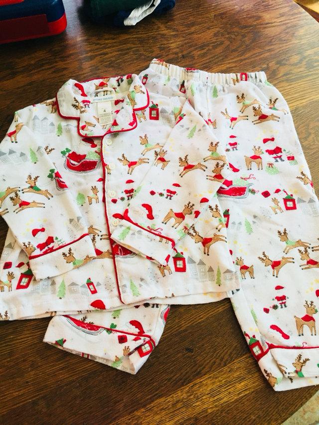 Pottery Barn Kids Holiday Pajamas Size 4