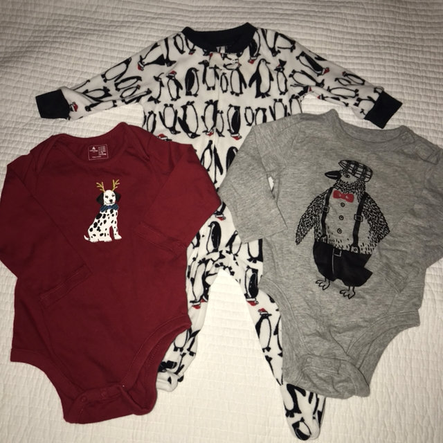 9ac832113df3 Lot Of 3 Baby Boys Clothes 2 bodysuit 6-12 Months one is Old navy ...