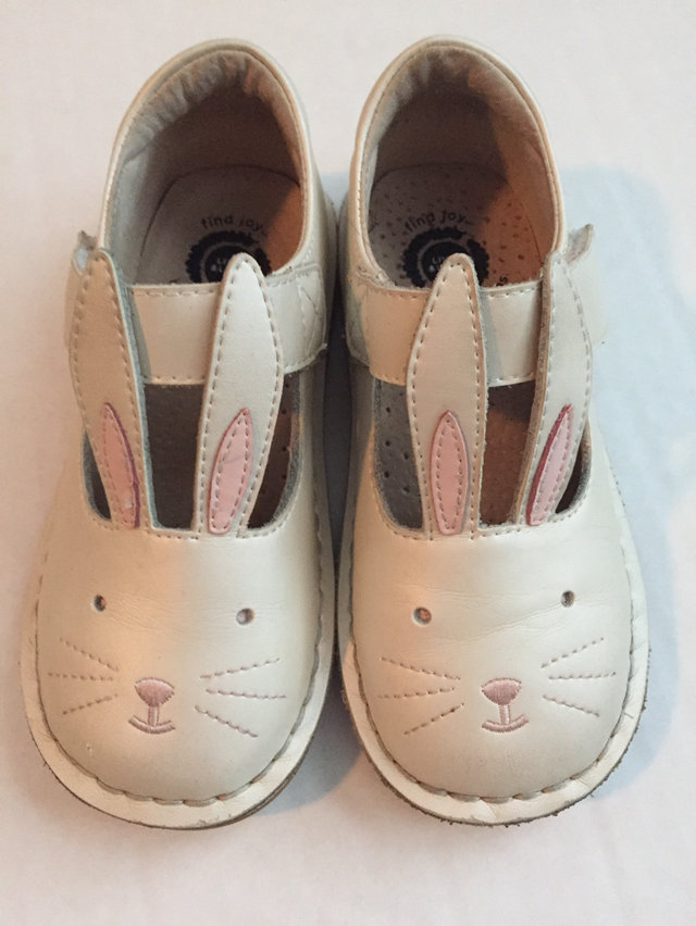 Luca Molly Pearl White Bunny Shoes