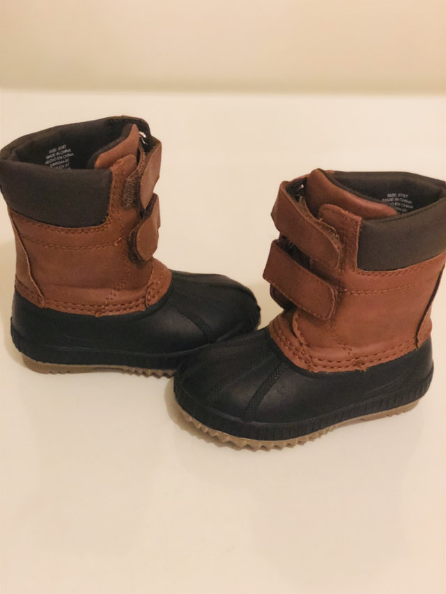 Gap Baby Cozy Sherpa Duck Boots For Boys