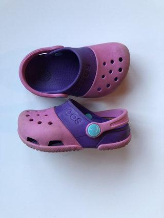 6359c54396da8 Crocs Clogs