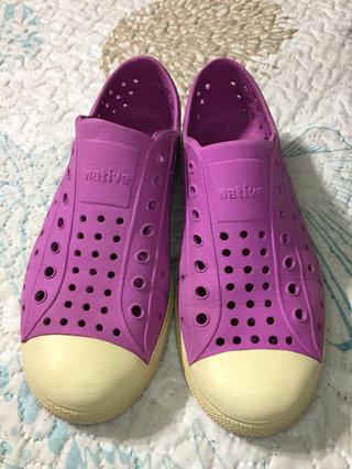 4bbc35c00f3c73 Native J2 Shoes