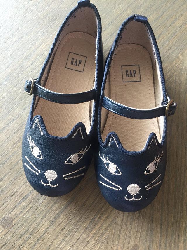 Gap - Navy Cat Shoes - Size 9