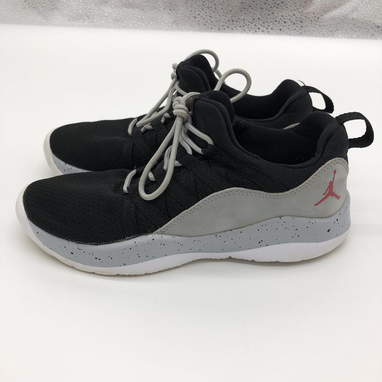 Nike Air Jordan Deca Fly Girls Youth Sneakers Shoes 13.5
