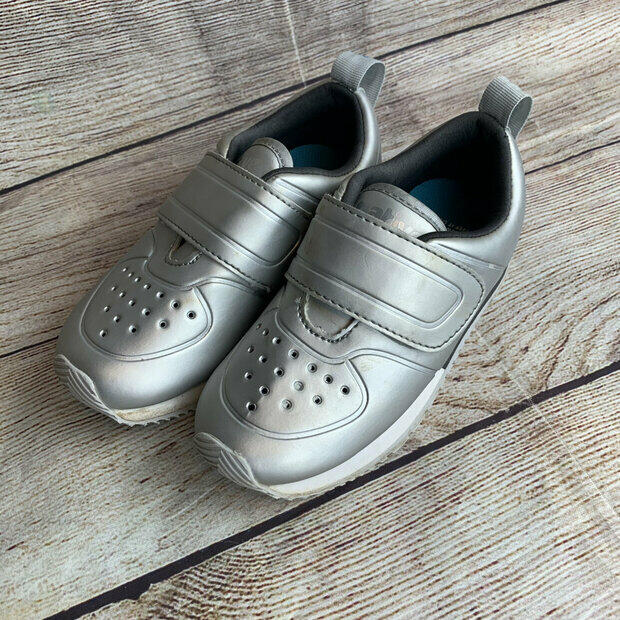 NATIVE CORNELL KIDS TODDLER UNISEX SNEAKERS TENNIS SHOES SILVER or RED BRAND NEW