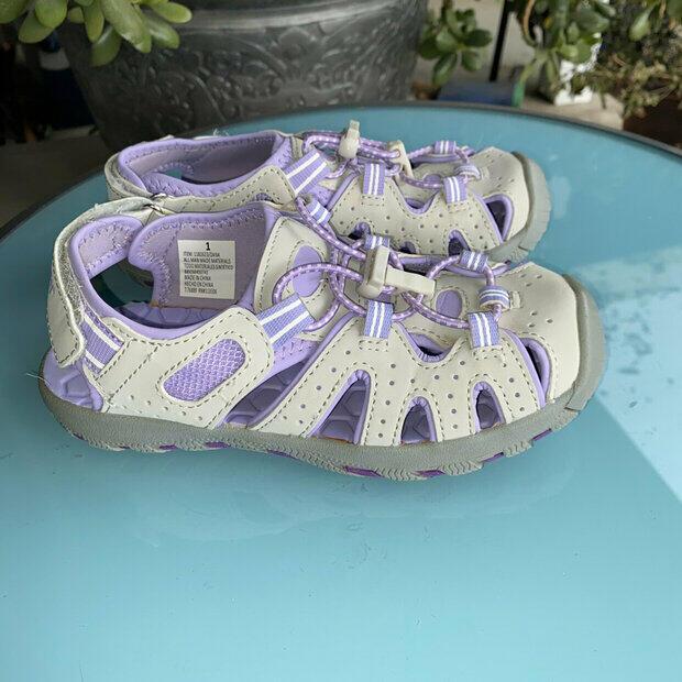 2 NWT Toddler Girls Khombu Dana Sport Sandals Shoe Waterproof Grey//Purple Size
