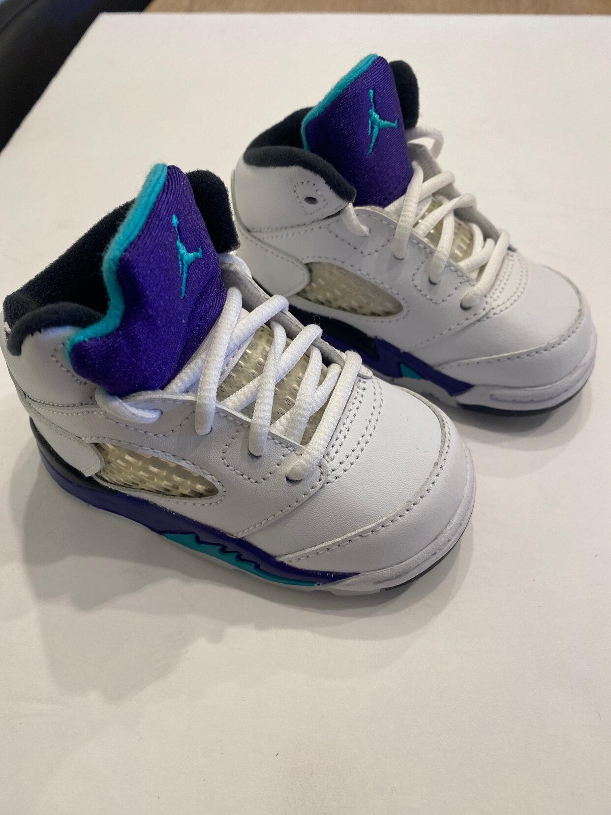 Jordan's Jordan infant shoes Size 4 Infant