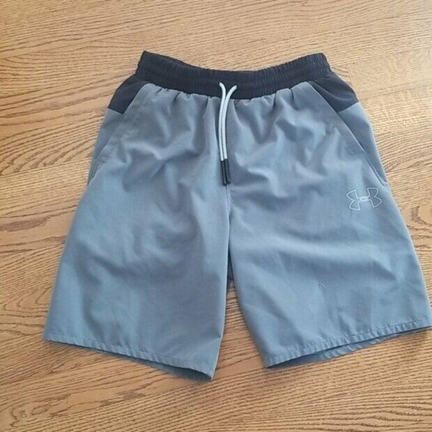 NEW Under Armour boys elastic waist performance shorts turquoise blue youth sz 6