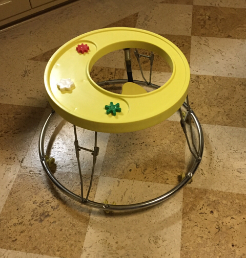 Vintage Retro Graco Round About Baby Walker 4700y
