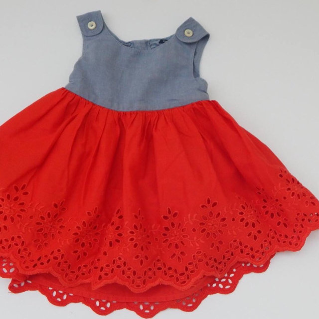e8716d6a09c Message Seller  Add to collection Checked collection Add to Collection. Gap  Chambray   Eyelet Red Dress