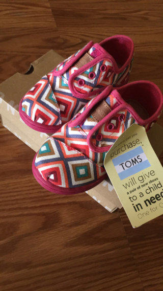 Brand New !!!!  Cute TOMS brand Shoes