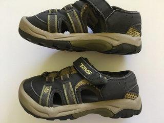 444b4050dc25 Teva Boy s Sandals