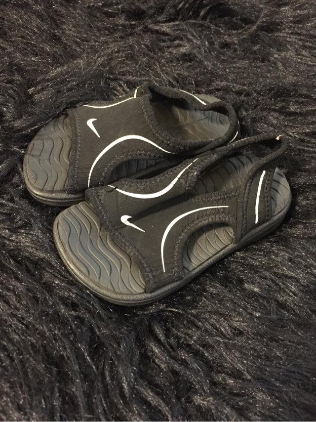 Nike Play Waterproof Sandals Size 5